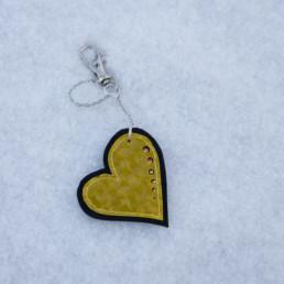 Keltainen sydänkoru
